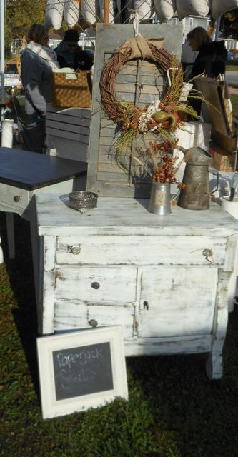 Caroline, from Paperjack Studio, offered her repurposed furniture, vintage finds, and painted letters.